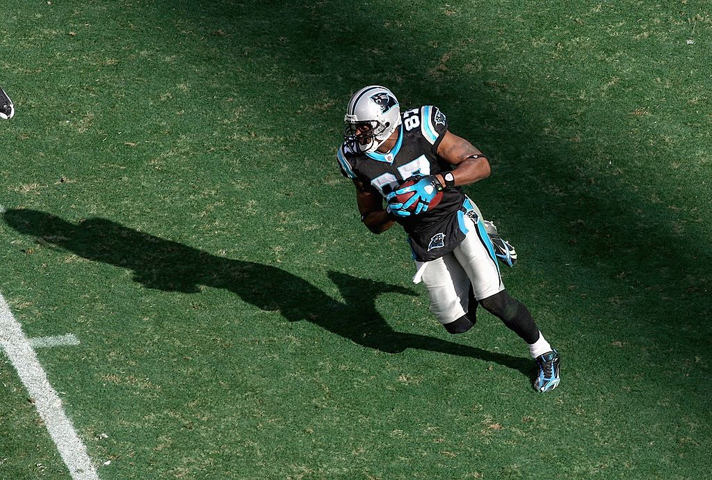 Muhsin Muhammad #87 of the Carolina Panthers carries the ball during the game against the New Orleans Saints