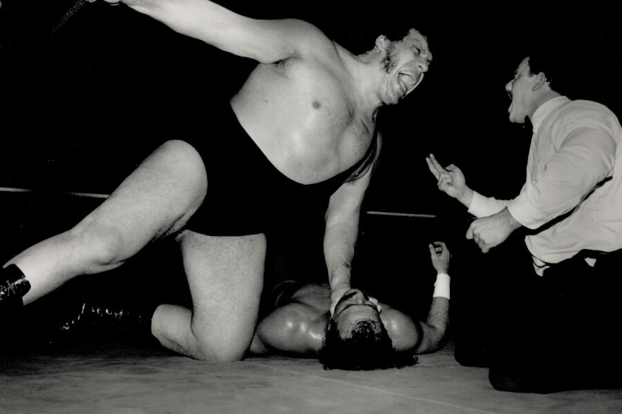 andre-the-giants-with-an-opponent-in-the-ring-93825-91334.jpg