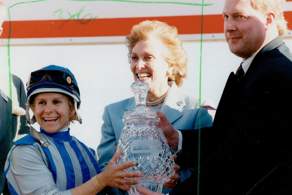 julie krone female sports pioneer horse racing