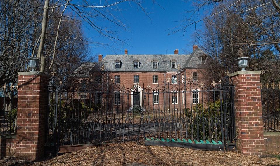 mansion-3.jpg