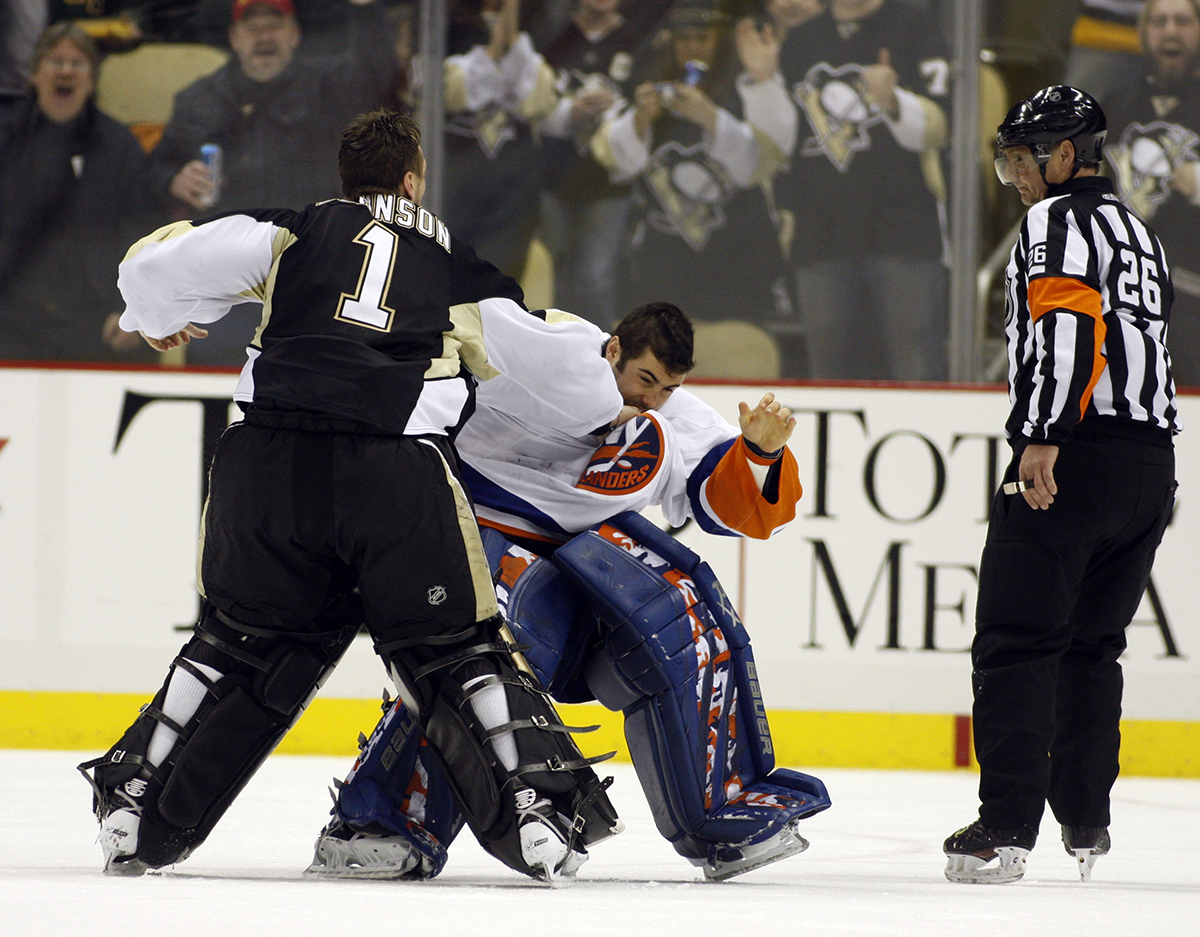 nhl-fights-01