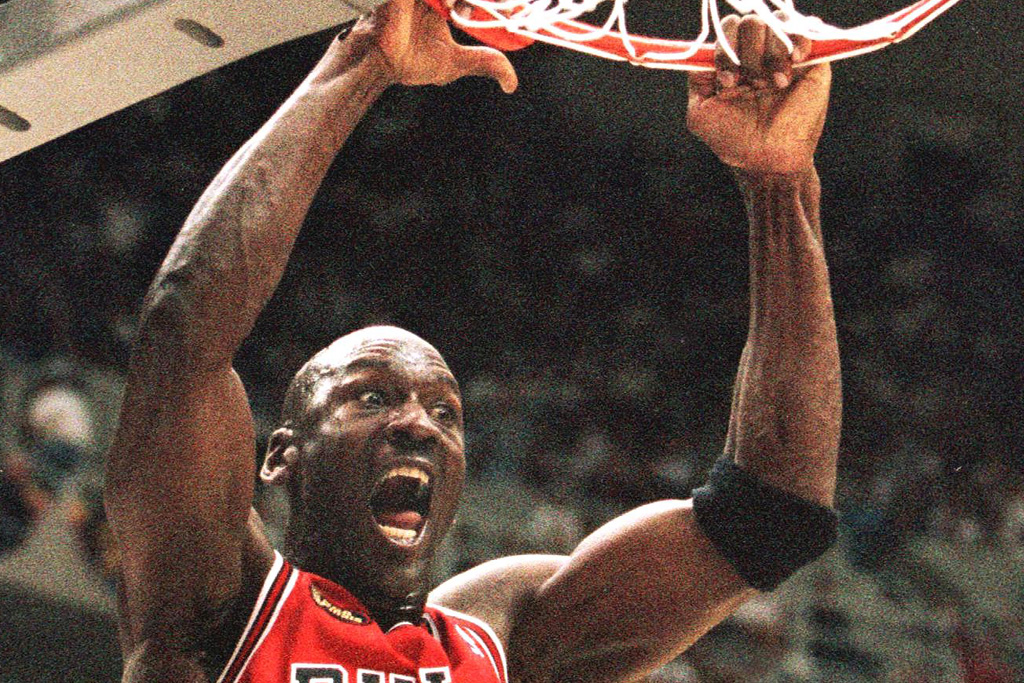 michael-jordan-slam-dunk-47539