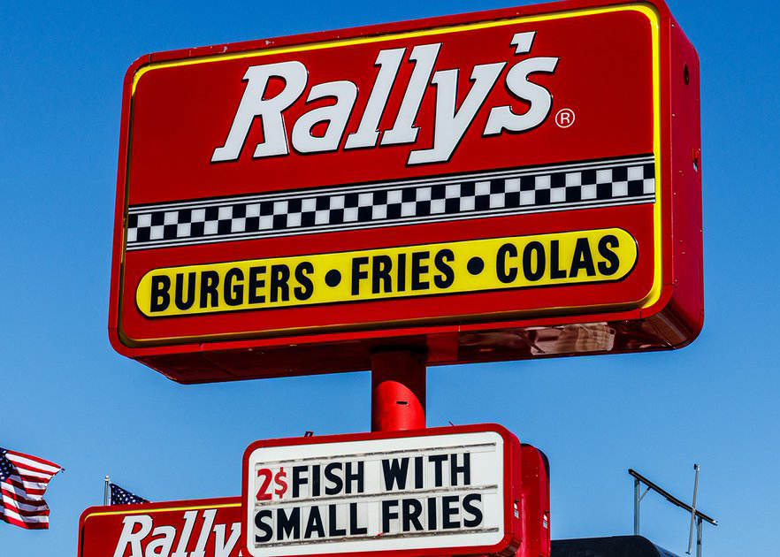 sign for Rally's restaurant