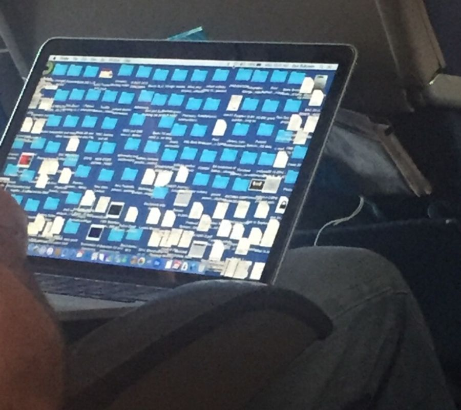 a computer screen with lots of files