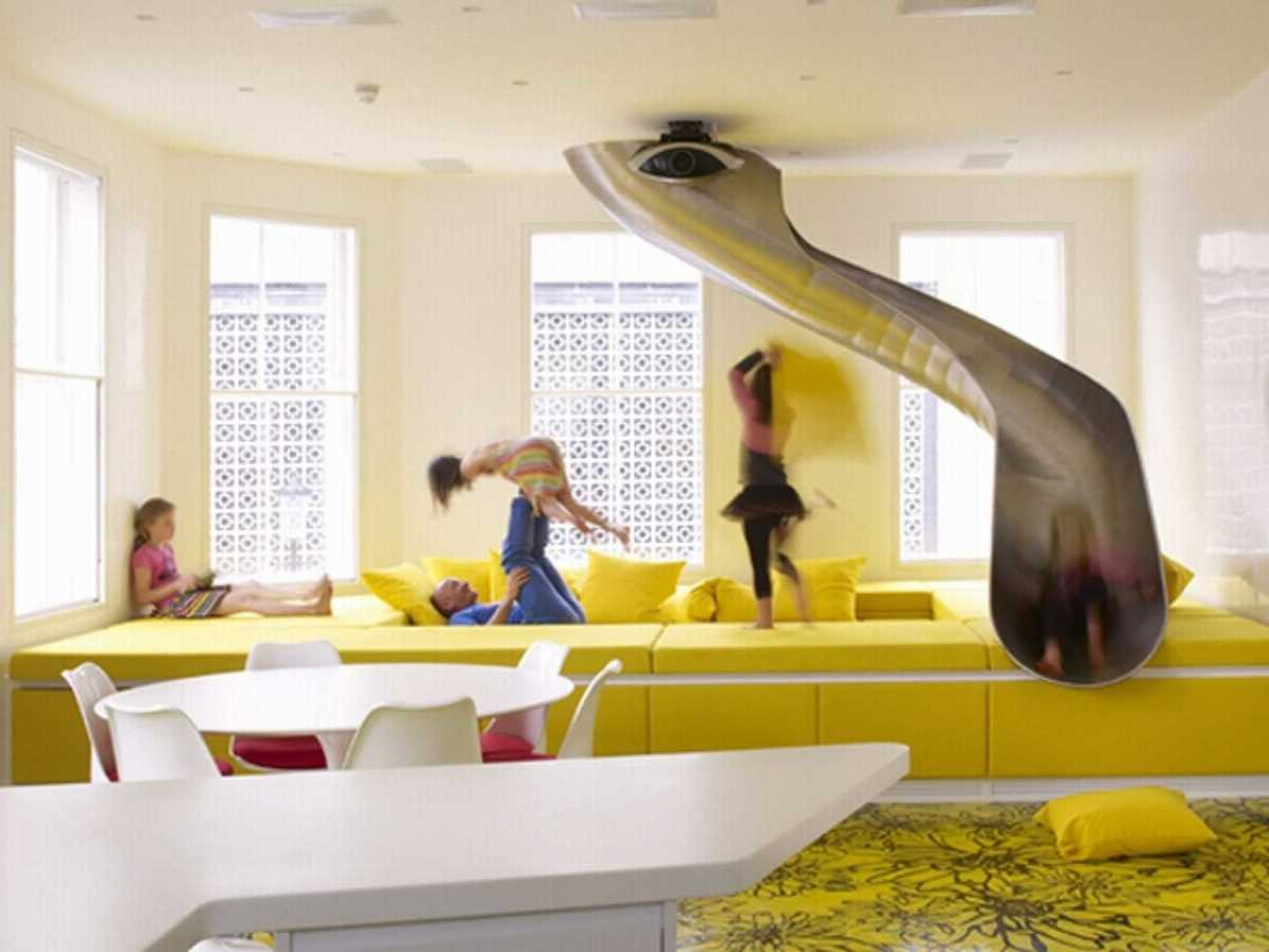 yellow play room