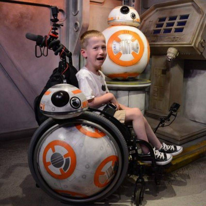 parent turned their son's wheelchair into a BB8