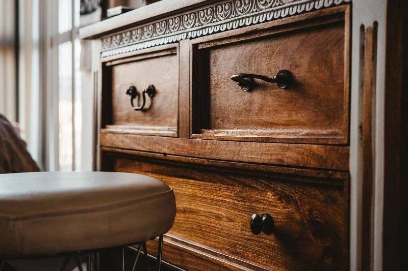 wooden-dresser-78365